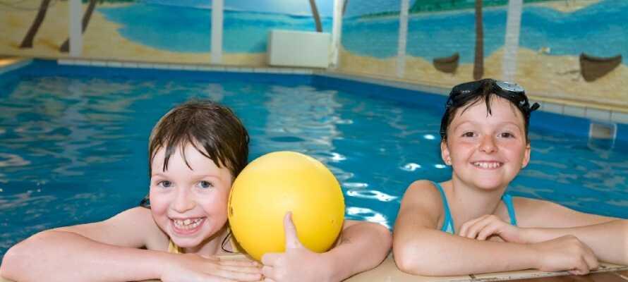 Efter en seværdighedsrig dag eller hvis vejret ikke er med jer, kan I slappe af i hotellets wellness-område.