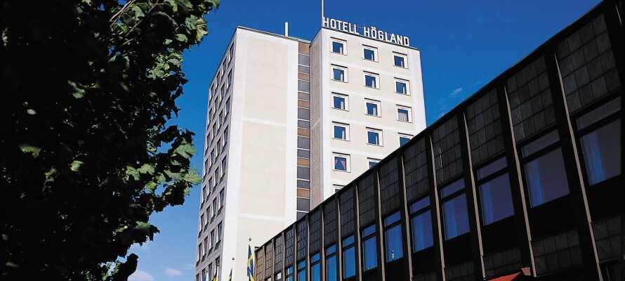 Das elegante Hotell Höglund bietet eine 4-Sterne-Unterkunft mit vielen schönen Einrichtungen direkt am Resecentrum mitten im Städtchen Nässjö.