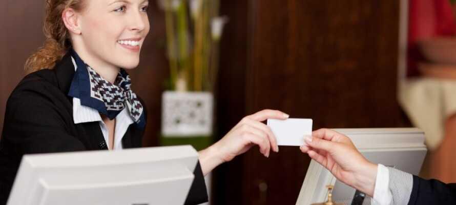 I receptionen kan I hilse på hotellets charmerende og serviceorienterede personale.