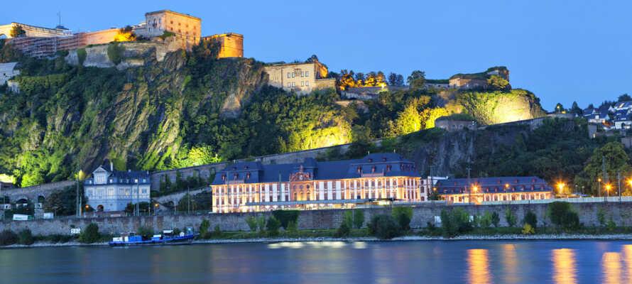 Upplev Koblenz, där Ehrenbreitstein-fortet, slottet Stolzenfels och stadens teater är ytterst populära sevärdheter.