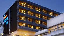 Das Nordic Hotel Plön hat drei Sterne und liegt von Wald und Seen umgeben in einem sehr ruhigen Gebiet.