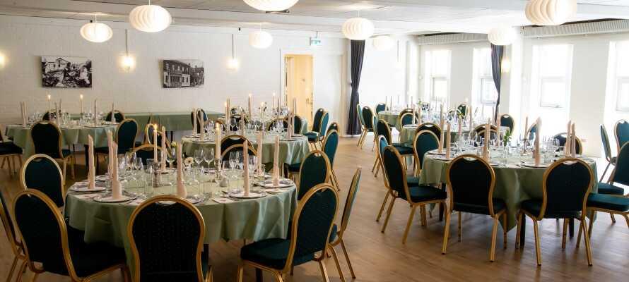 Det er fokus på det danske kjøkken i hotellets hyggelige restaurant.