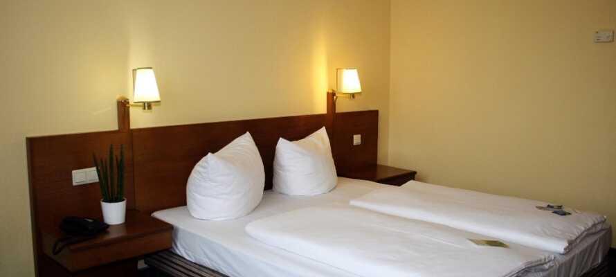 I sover på komfortable værelser, så I er klar til næste dags oplevelser.