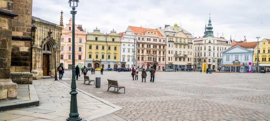 Hotellet ligger i den sjarmerende tsjekkiske byen Plzen med mange attraksjoner.