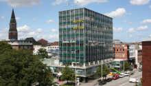 Hotel Astor Kiel ligger skønt nær færgeterminalen i den smukke havneby