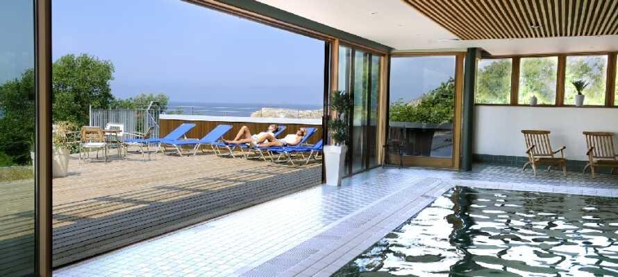 Hotell Smögens Hafvsbad har et bredt utvalg av spa-behandlinger. Det finnes også et basseng og et boblebad.