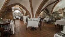 In dem reizenden Hotelrestaurant werden sowohl dänische als auch internationale Gerichte serviert