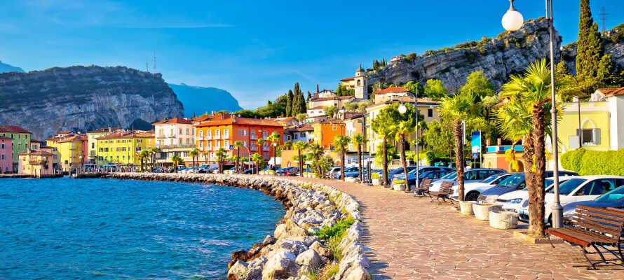 Torbole ligger tæt på hotellet og er en charmerende lille by ved Monte Baldo.