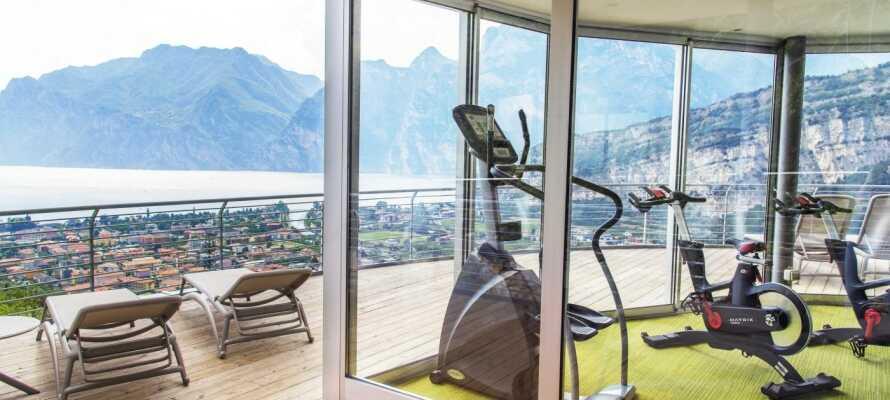 Tag en tur i saunaen efter en løbetur ved Gardasøen eller i træningslokalet på hotellet.