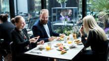 Varje morgon dukar man fram en stor och härlig frukostbuffé med många alternativ och där många produkter är ekologiska
