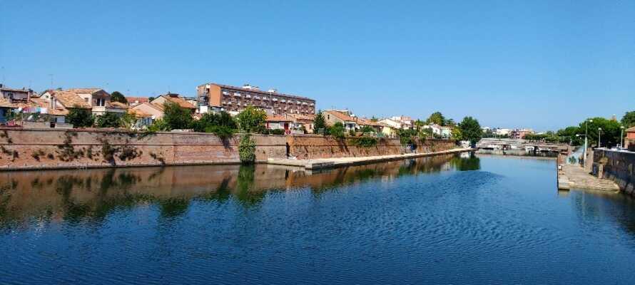 Rimini er en flot by ved havet, fuld af gamle bygninger, historie, kultur og oplevelser.