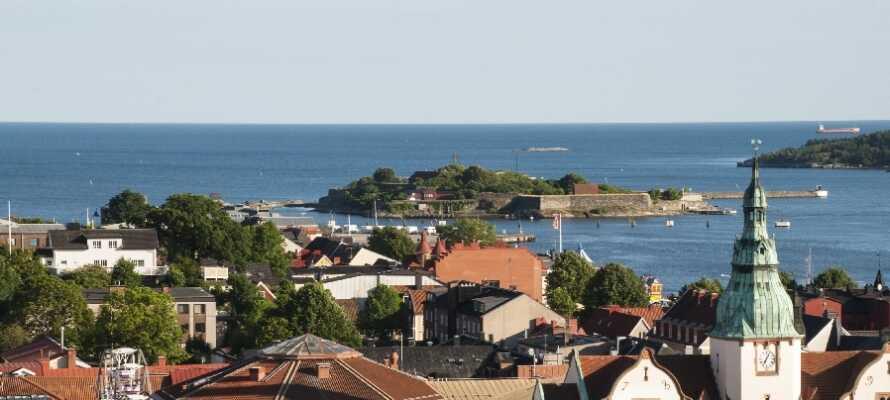 Dette hotellet ligger fint til, rett ved havnen i Karlshamn.
