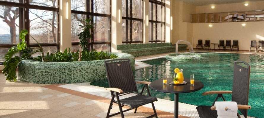 På wellness-avdelningen hittar ni bland annat en saltvattenpool, bastu, ångbad, massage och skönhetsbehandlingar.