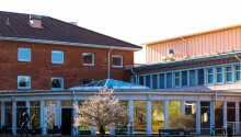 Im Westen von Blekinge, nahe Skåne, liegt die kleine Stadt Olofström mit dem First Hotel Olofström.