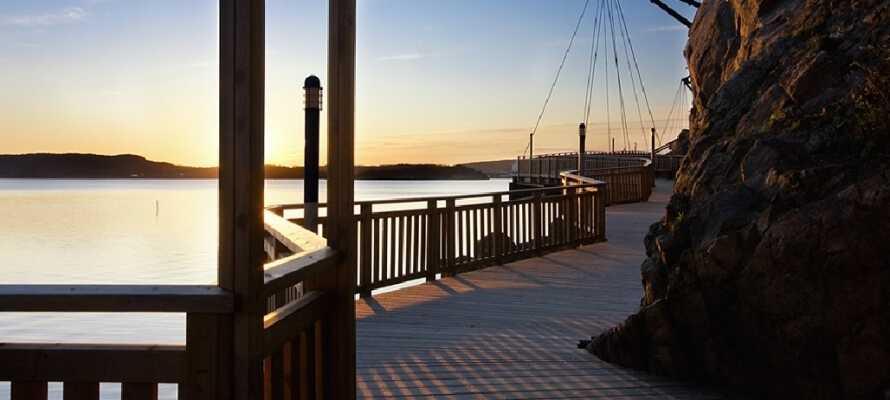 Übernachten Sie im Zentrum von Uddevalla, in der Nähe der wunderschönen Umgebung der Udevallas-Promenade.