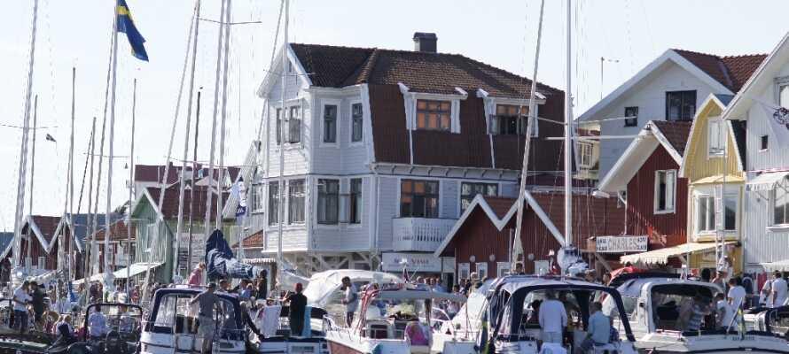 Machen Sie einen Ausflug in das schöne Smögen und erleben Sie eine der schönsten Küstenstädte Schwedens.