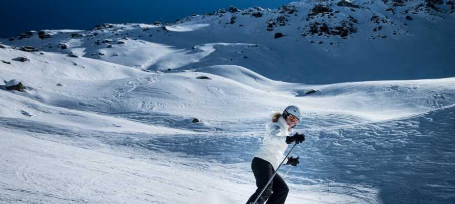 Om vinteren er det god mulighet for å stå på ski i Sälen. Her er Högfjället skiområde som ligger rett utenfor døren