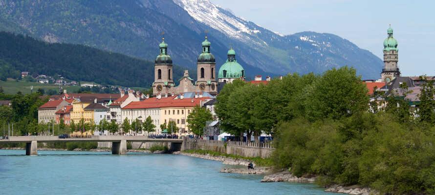 Innsbruck ligger ca. 45 minutters kørsel fra hotellet og er en spændende by at besøge på en dagsudflugt