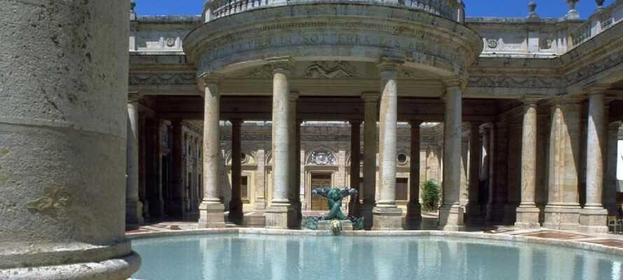 La dere skjemme bort på et av de 9 spa-stedene i byen Montecatini Terme!