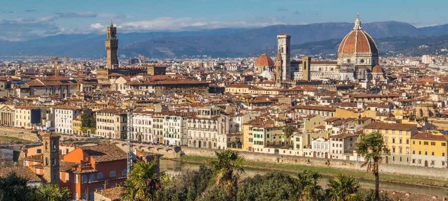 Besøg Firenze og blive betaget af bygningerne og den fantastiske historie.