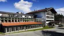 Hotellet ligger i den populære ferieby Geilo