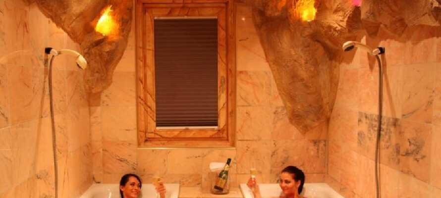 Entspannen Sie sich im hoteleigenen Wellnessbereich und tanken Sie neue Energie