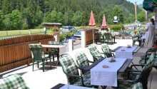 Hotellets restaurant og terrasse