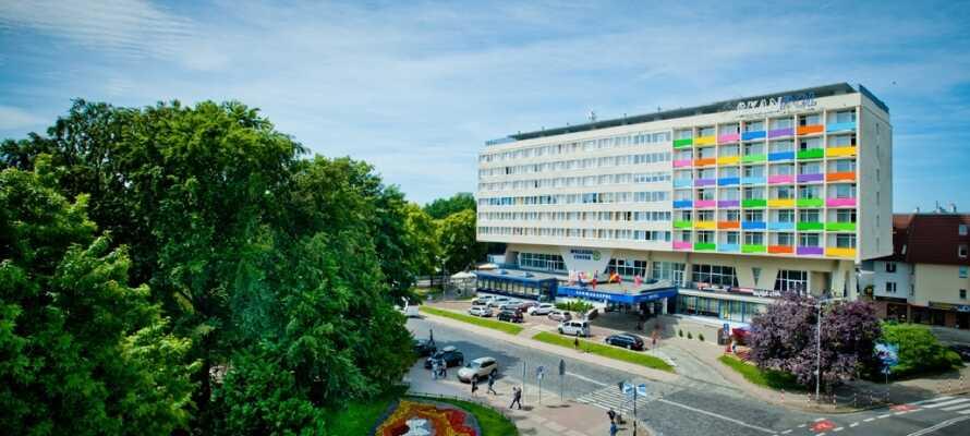 Velkommen til Hotel New Skanpol, et moderne hotel med skandinavisk design.