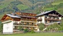 Hotellet ligger skønt i de østrigske bjerge