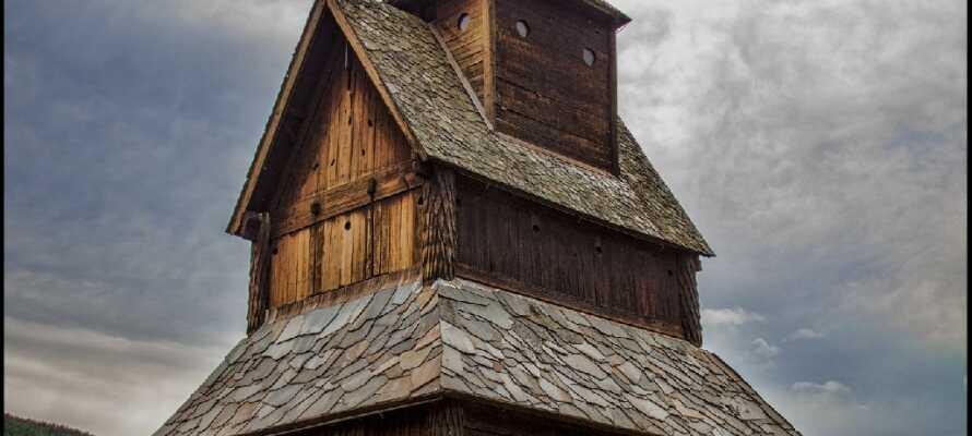 Besök den äldsta stavkyrkan i Ål, Hallingdal, en upplevelse för både unga och gamla och allt däremellan.