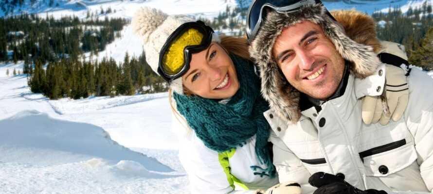 Ein Winterurlaub eignet sich auch als romantischer Urlaub für 2 - vor allem im Schnee.
