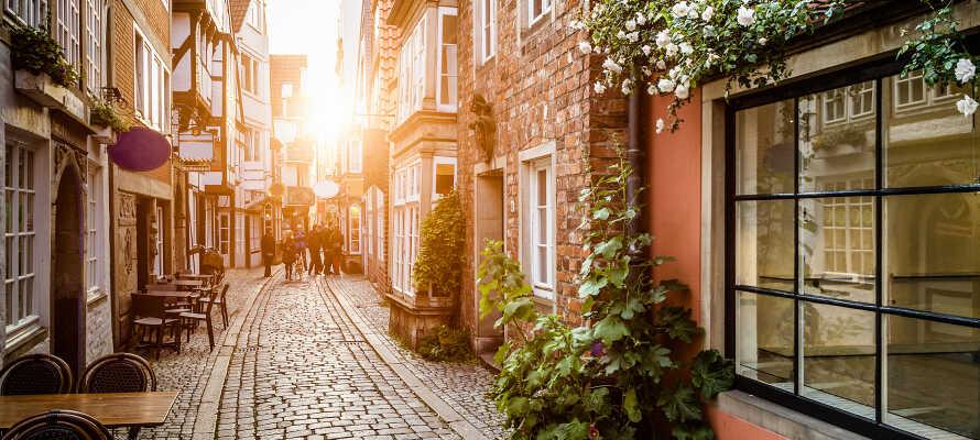 Besuchen Sie Bremens ältesten Stadtteil, den Stadtteil Schnoor, der eine äußerst reizvolle Kulisse für einen Spaziergang bietet.
