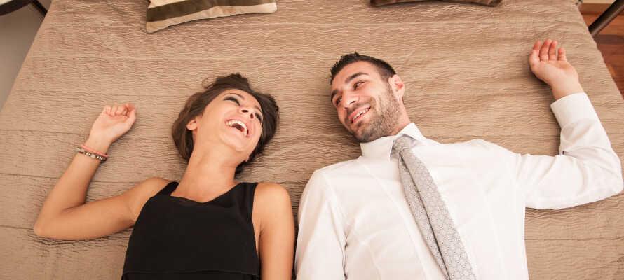 Få et dejligt kroophold til en fornuftig pris på Blommenslyst Kro og nyd hinanden.