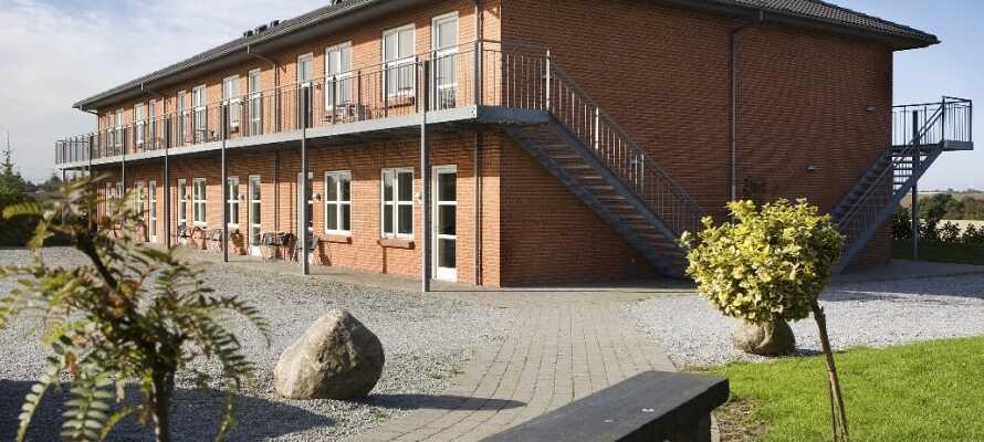 Hotel Korning Kro ligger i rolige omgivelser få km vest for kulturbyen Horsens