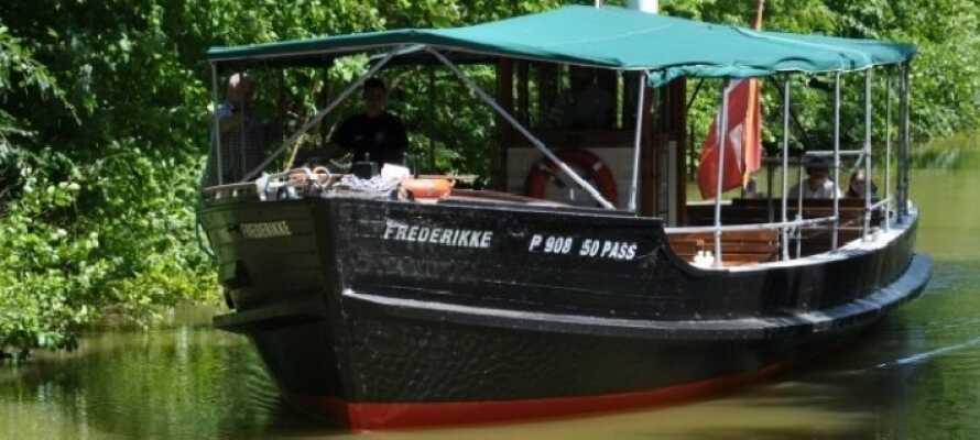 Fra Frederiksværk kan I tage på sejltur på Danmarks største sø, Arresø