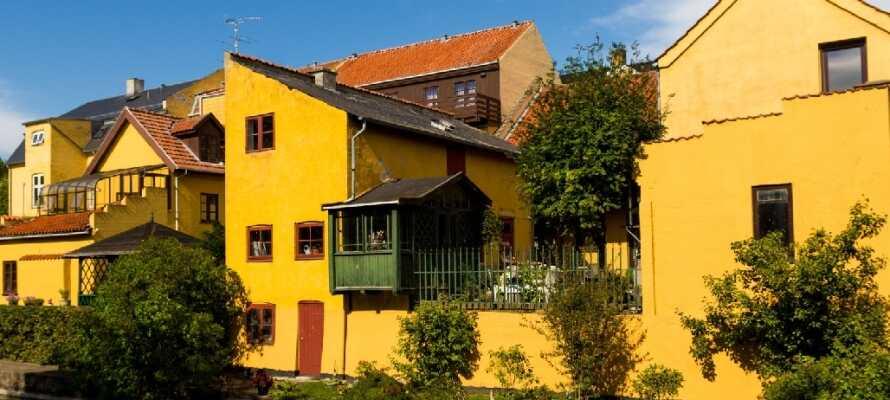 Frederiksværk er en hyggelig kanalby i Nordsjælland med gode restauranter og shoppingmuligheder