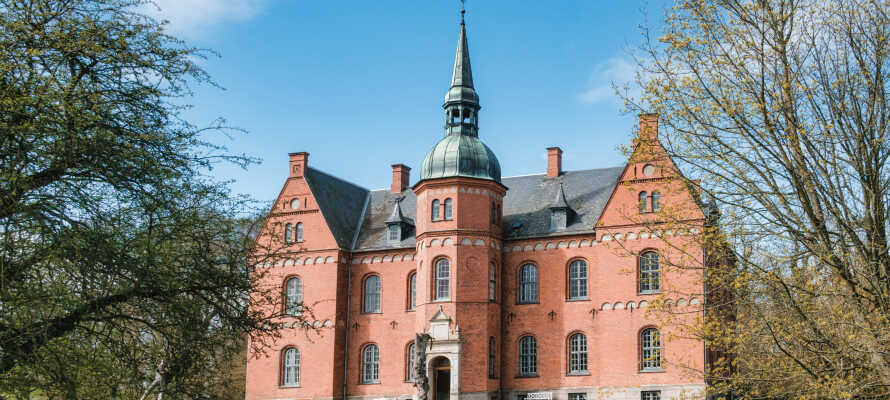 Besuchen Sie einige der lokalen Museen oder fahren Sie zu dem charmanten Schloss Tranekær.