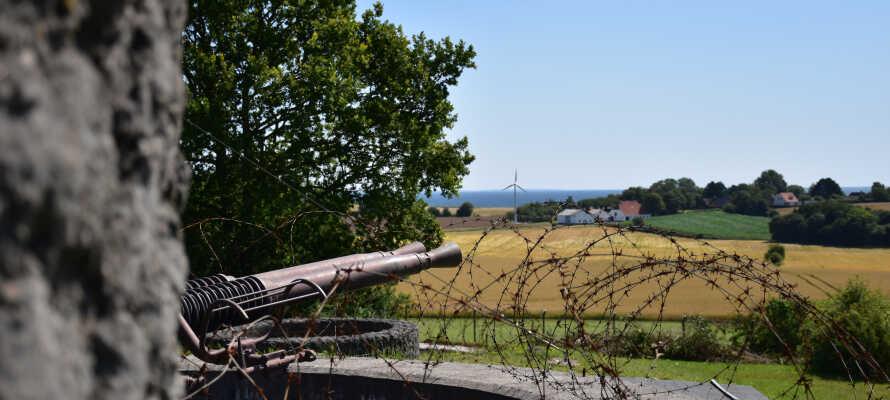 Oplev det spændende koldkrigsmuseum, Langelandsfortet, som ligger i kort afstand fra kroen.