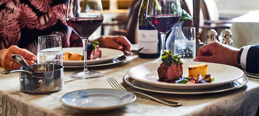 Hotellet erbjuder god mat på flera olika restauranger