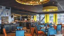 Beginnen Sie den Tag mit dem preisgekrönten Frühstück des Hotels, das in gemütlicher Atmosphäre serviert wird.