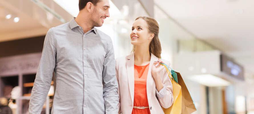 Machen Sie auf der Strøget eine fantastische Shoppingtour oder besuchen Sie das Magasin du Nord.