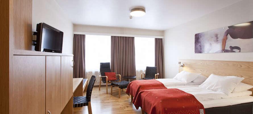 Værelserne er lyse og moderne indrettet og skaber en god base for jeres ophold i Røros.