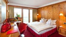 Exempel på ett av hotellets charmiga dubbelrum.