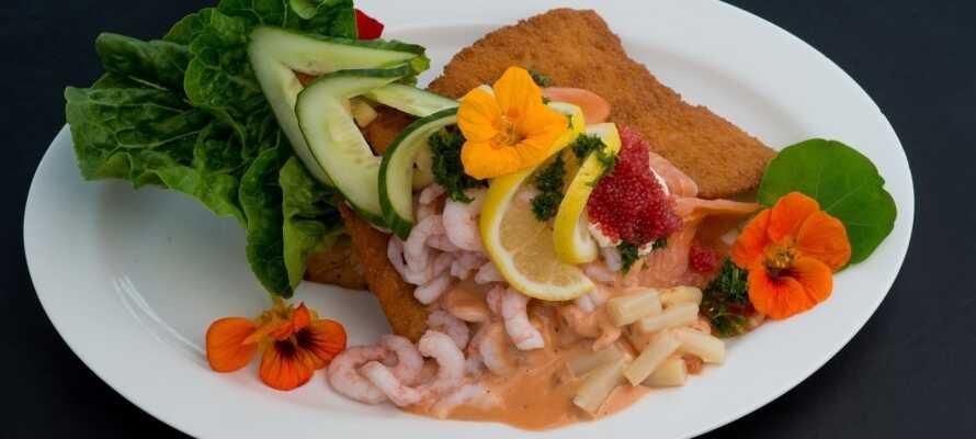 I restauranten serveres det tradisjonelle danske retter.