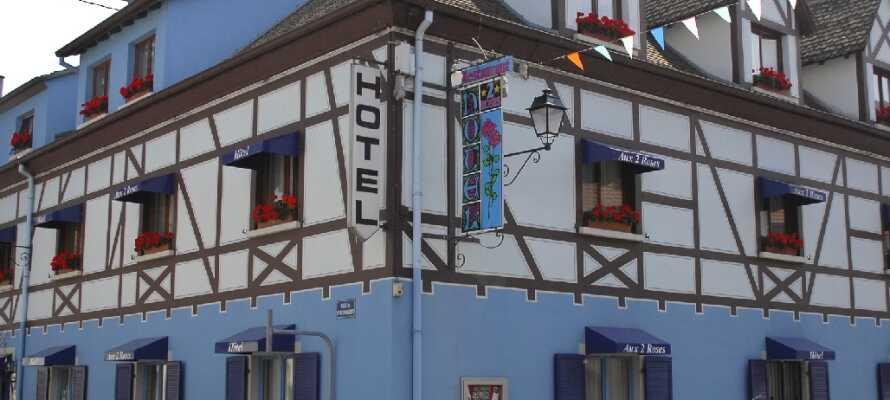 Das Hotel Aux 2 Roses in der einzigartigen Festungsstadt Neuf-Brisach. Hier können Sie in einer historischen Umgebung wohnen.