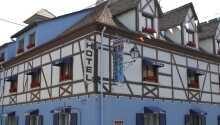 Hotel Aux 2 Roses i den unikke befæstningsby Neuf-Brisach. Her kan I bo i historiske omgivelser.
