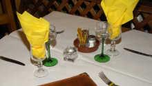 Das gemütliche, traditionelle Restaurant des Hotels