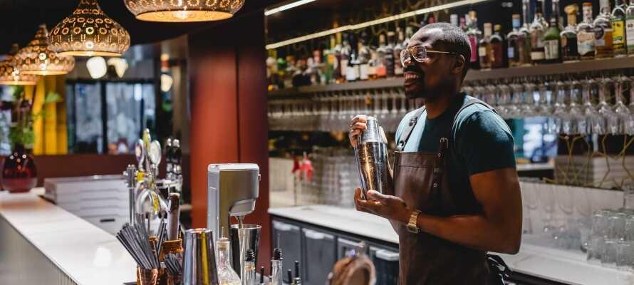 Die Barkeeper des Hotels gehören zu den besten in Kopenhagen – probieren Sie es selbst aus!