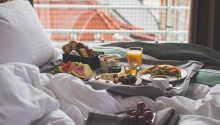 I har mulighed for at nyde morgenmaden på sengen, hvis I ønsker det.