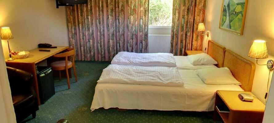 De trevliga rummen är enkelt inredda och en perfekt bas för att upptäcka allt området har att erbjuda.